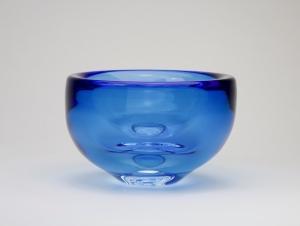 A.D. Copier, Thick blue glass bowl, Studio Harvey Littleton, 1984 - Andries Dirk (A.D.) Copier