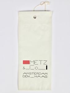 Bart van der Leck, Metz & Co, Paper bag with print 'Metz & Co - Amsterdam - Den Haag', 1952 - Bart van der Leck