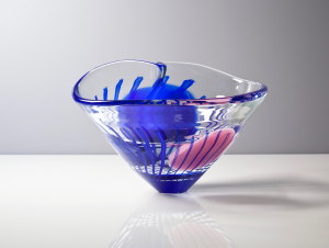 Willem Heesen, Unique transparent bowl with blue and pink decoration, 'épreuve d'artiste', March 1990 - Willem Heesen
