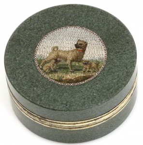 A small hardstone box set with a micromosaic by Giacomo Raffaelli