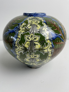 Distel, Amsterdam Holland, earthenware vase with Art Nouveau decoration, 1899 - Plateelfabriek De Distel Plateelfabriek de Distel