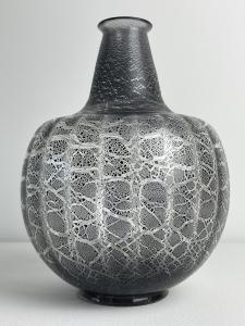 A.D. copier, Leerdam unica, clear glass bottle-shape with antimoon craquelee - Andries Dirk (A.D.) Copier