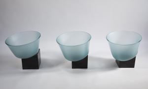 Bert Frijns, Unieke installatie met drie glazen kommen, 1992 - Bert Frijns