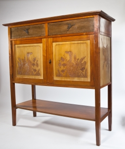 Theo van Hoytema, Everwijn Verschuyl, Large closet with carved decoration of ducks, Walnut and maple, manufactured by A.T. van Wijngaarden & Co., ca. 1900 - Theo van Hoytema