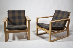Børge Mogensen, Oak Arm Chairs, Fabric Design by Lis Ahlman, Executed by Fredericia Stole Fabrik, 1956 - Børge Mogensen