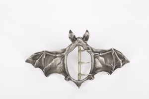 Ferdinand Erhart, Silver Art Nouveau buckle in the form of a bat, 1908 - Ferdinand Erhart