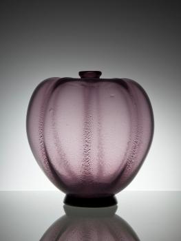 A.D. Copier, Unique purple vase with tin crackle, Glass Factory Leerdam, 1926 - Andries Dirk (A.D.) Copier