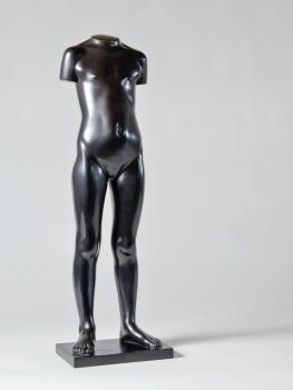 Eja Siepman van den Berg, 'Staand meisje', brons, uitvoering Bronsgieterij Binder, 1972 - Eja Siepman van den Berg