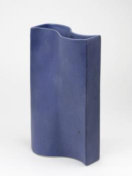 Jan van der Vaart, Undulating blue glazed vase, multiple, 1999 - Jan van der Vaart