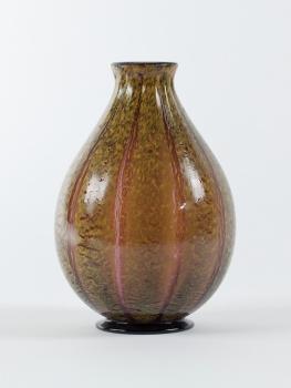 Chris Lanooy, Purple vase with yellow ribs, 1920s - Chris (C.J.) Lanooy