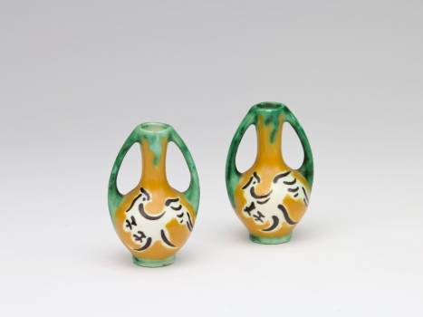 C.A. Lion Cachet, Earthenware factory De Distel, Two small sample vases, 1912-1922 - Carel Adolph (C.A.) Lion Cachet