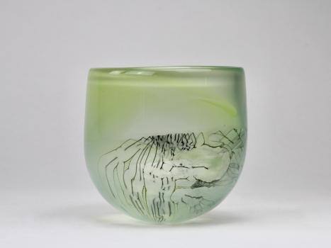 Willem Heesen, Unique green vase with enclosed decoration, studio De Oude Horn, 1983 - Willem Heesen