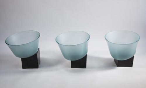 Bert Frijns, Installation with Three Glass Bowls, 1992 - Bert Frijns
