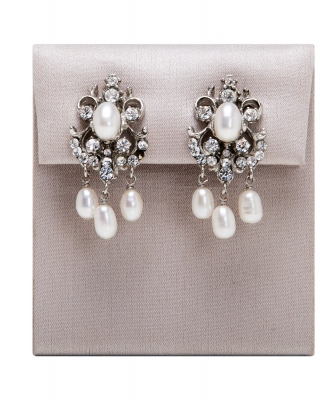 Siman Tu Freshwater Pearl Earrings  - Siman Tu