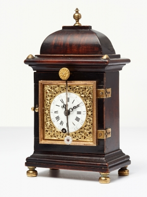 A handsome small south German walnut bracket clock by Gruony, circa 1770.