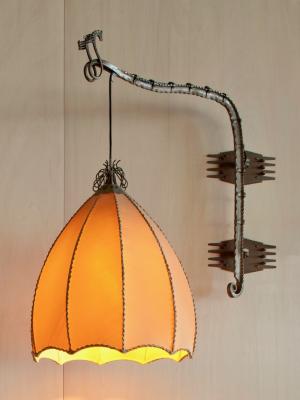 Piet Kramer, Amsterdam School wall lamp with wrought iron, ca. 1925 - Piet Kramer