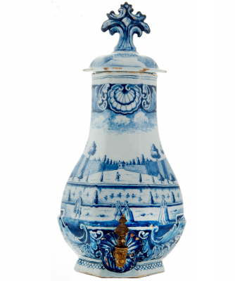 Fountain in Bleu and White Dutch Delft