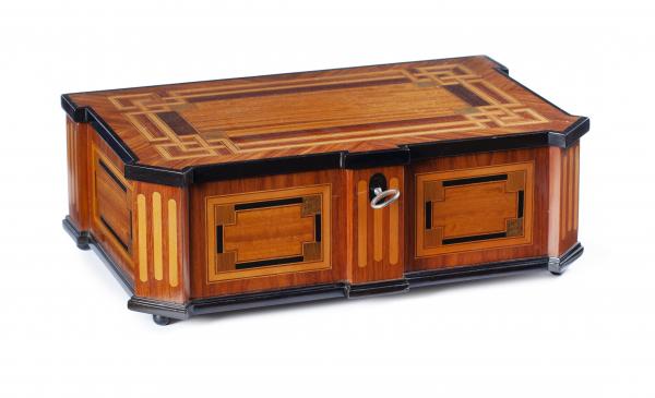 A Dutch Louis Seize Box
