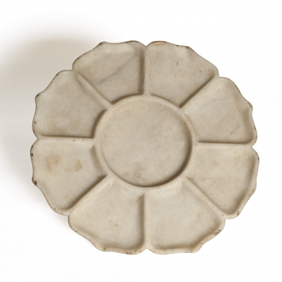 Rare large Chinese marble tray of lotus form