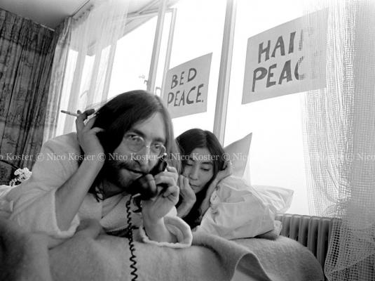 John Lennon \u0026amp; Yoko Ono - Peace - Kamer 902 Hilton # 19