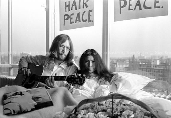 John Lennon & Yoko Ono - Peace - Kamer 902 Hilton # 17