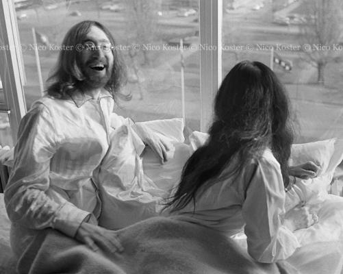 John Lennon & Yoko Ono - Peace - Kamer 902 Hilton # 4