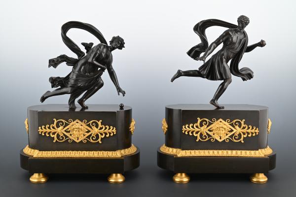 Een paar bronzen Empire sculptures