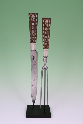 Carving fork and knife