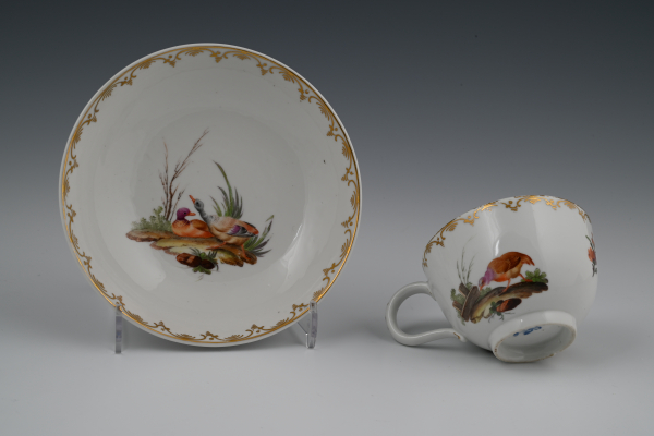 A Dutch, The Hague, porselain cup and saucer.