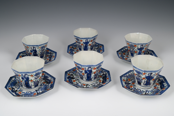 A set of six porcelain Japanese cup and saucers