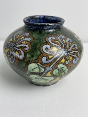 Distel, Amsterdam Holland, earthenware vase with Art Nouveau decoration, 1900 - Plateelfabriek De Distel Plateelfabriek de Distel