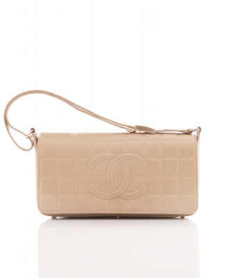 Chanel 'East West' Flap Bag in Tan Leather Chocolate Bar Pattern  - Chanel