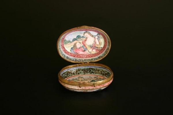A Chinese painted enamel box decorated with European scenes  Qianlong Period Qing Dynasty works of art from China