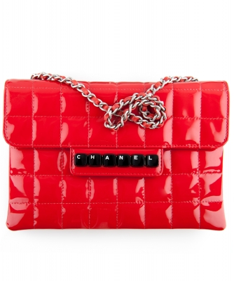 Chanel Red Patent Leather Chocolate Bar Quilted Pochette Bag - Chanel