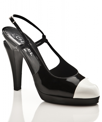 Chanel Lakleren Pumps