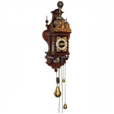 Een Zaanse pallisander klok, door Cornelis van Rossen, omstreeks 1700