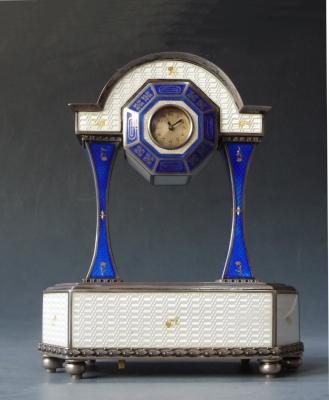 Sterling zilver-emaille pendulette met speelwerk ca. 1920, Oostenrijk.