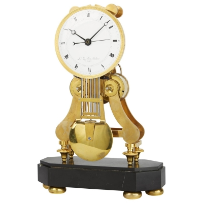 S21 Precision Regulator Table Clock