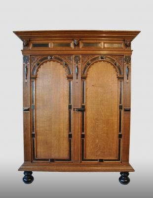 """Dutch cupboard, so called """"poortkast"""" or """"toogkast"""", 17th century."""