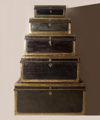 Leather covered Camphorwood Travellingcases
