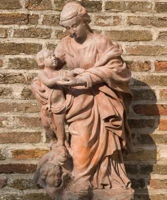 Madonna  wih Child in Terracotta