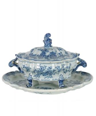 A Dutch Delft Blue and White Terrine