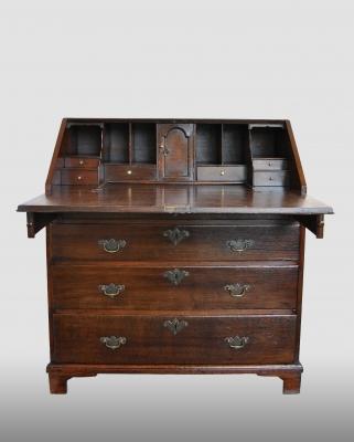 Engels secretaire, vervaardigd omstreeks 1750