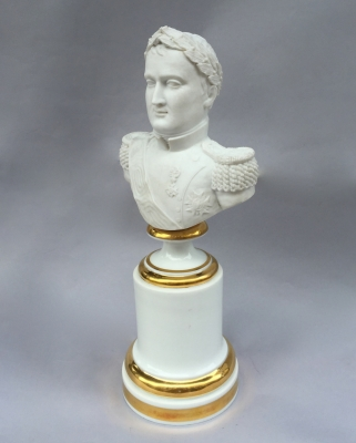 'Porcelaine de Paris' bust of Napoleon