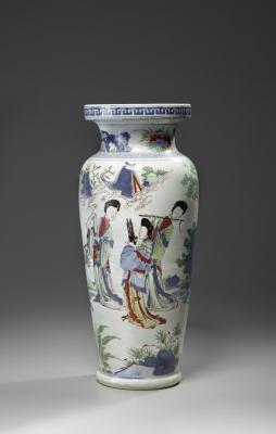 A Large Wucai Vase