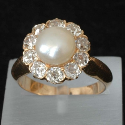 Antique orient pearl and old mine cut diamond