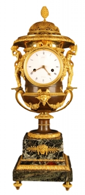 PV02 Empire mantel clock set with Medici vases