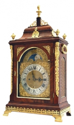 BR19 Dutch table clock with Moon phase and date
