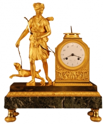 M50 Beautiful ormolu mantel clock