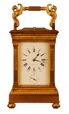 C01 Fantastic large travel clock